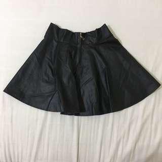 🚚 (全新)黑色皮裙 #一百元好物