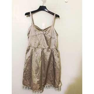 日本精品店 原價3460 高檔 日本製 精品洋裝 做工非常頂級 SM都可 超級顯瘦的