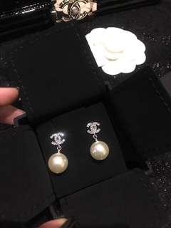Chanel pearl 珍珠耳環earrings