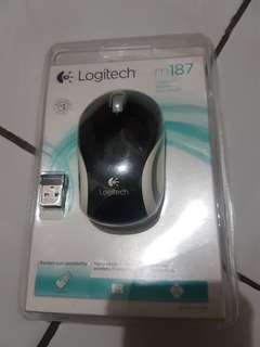 Mouse Wireless Logitech Kecil Mini M187