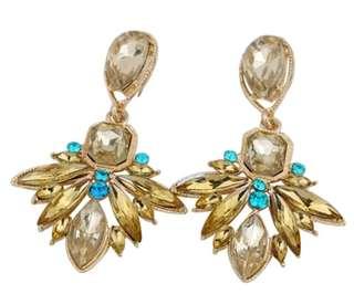 Gen crystal Earrings