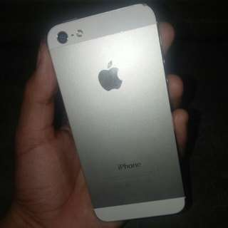 Iphone 5 16gb 4mos old