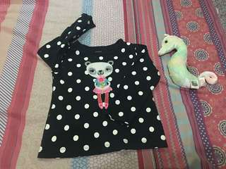 Preloved baby girl top size 2T.