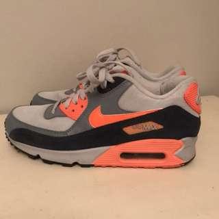 Nike air max size-9