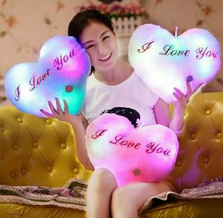 """✨(**PRE-ORDER**) 7 COLORS LED LIGHT CUTE """" I LOVE YOU"""" HEART SHAPE GLOWING PILLOW CUSHION FOR SALE!!! ✨"""