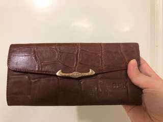 🚚 仿鱷魚紋咖啡長夾(7成新)