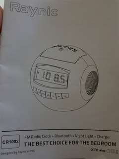Bluetooth FM radio with memory card slot