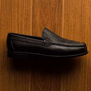 PENNY LOAFER IN BLACK BY LIKHANG PINOY