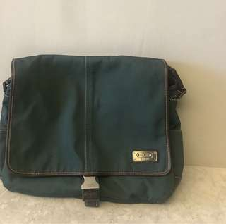 Coach Sling Messenger bag, authentic