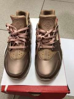 🚚 Nike huarache玫瑰金 7.5號