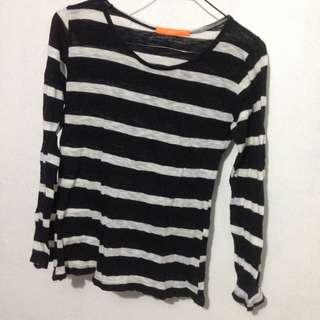 Black and white stripes longsleeves