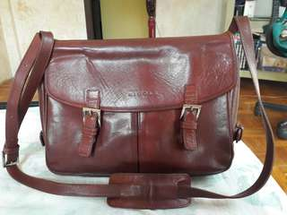 Nicole St Gilles Paris Genuine Leather Brown Messenger Bag