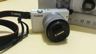 Kamera Wifi mirrorless Canon M10