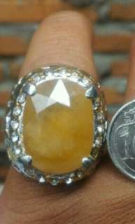 buy 1 free 1 all items for same price until June 8, 2018     Yellow sapphire ( bigsize stone)
