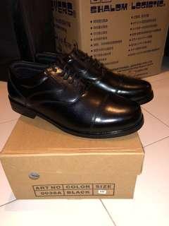 BNIB Black formal shoes