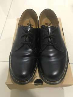 Dr Martens ( good condition)