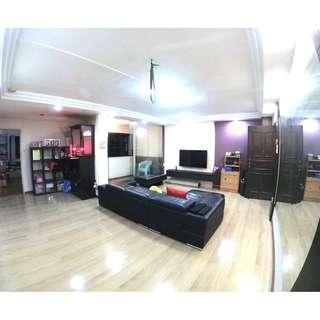 RENOVATED HOUSE +BALCONY!! NEAR PIONEER MRT STATION!!