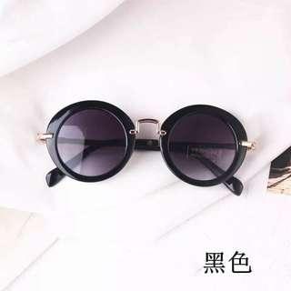 🚚 現貨-兒童圓框復古墨鏡(黑色)