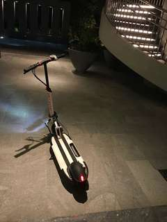 Inokim quick 3 super 2017 great condition. Scooter. Electric scooter