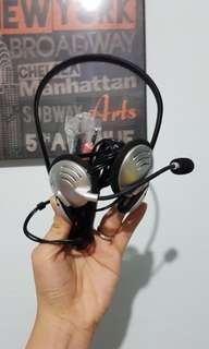 Logitech headphone with mic