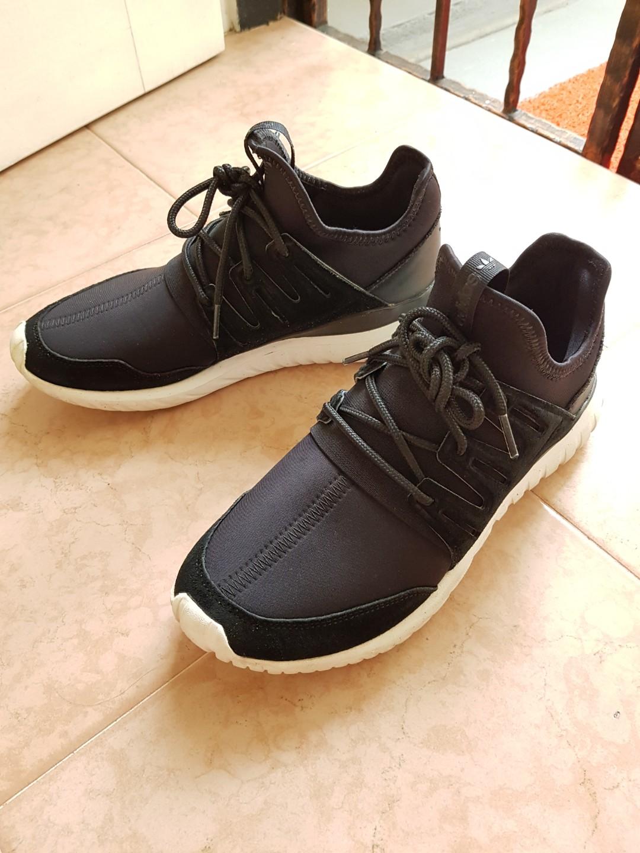 Adidas Tubular Shoes(Authentic) Black