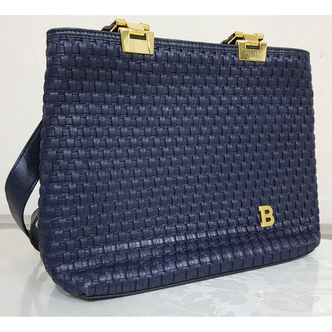 304190a626 Blue Bonia Vintage-looking Bag