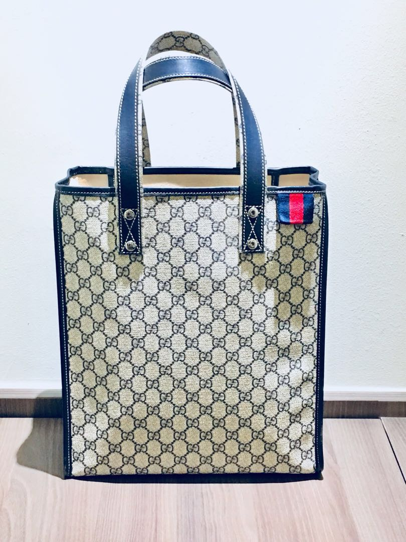 e1e2398ff696 Gucci Signature Web Loop Tote Bag