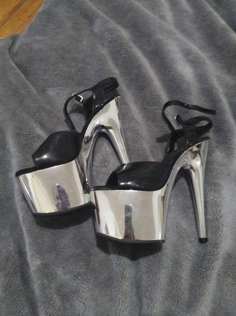 Pleaser chrome heels