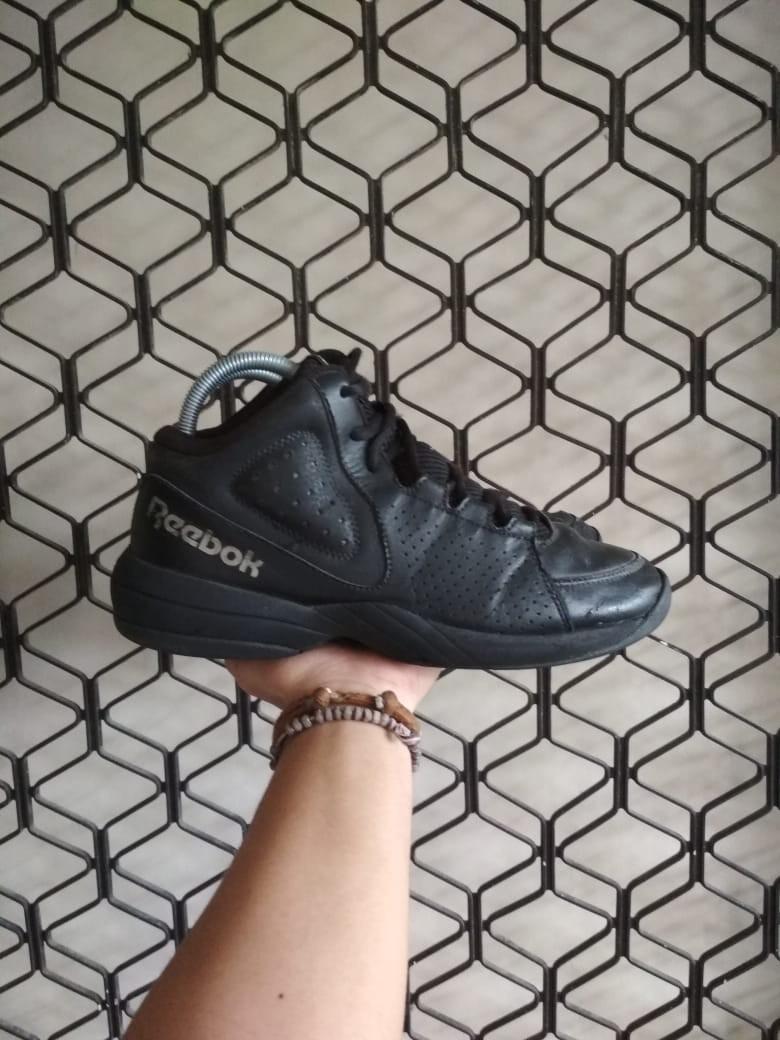 Surrey Deseo embotellamiento  Reebok Basketball, Men's Fashion, Men's Footwear on Carousell