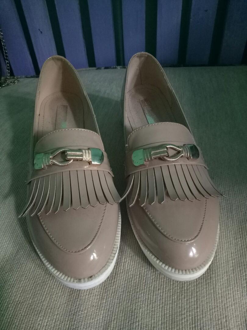 Sepatu brand original Emory f872fe4bd3