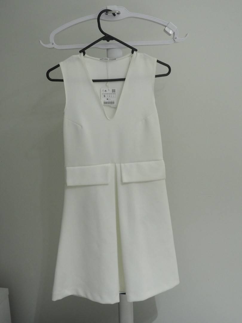 Zara sleeveless white dress