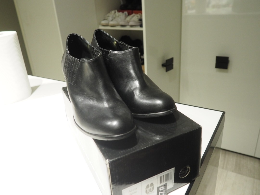 ZU black leather block heels boots