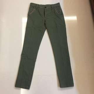 🚚 男士 時尚必備款 綠色長褲 #一百元好物
