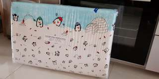 Portable baby mattress