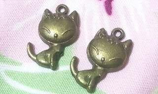 Cute Cat Charm D.I.Y.