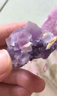 收 晶簇  礦物 標本 木頭 石頭