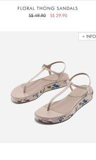 Floral sandal Charles and Keith
