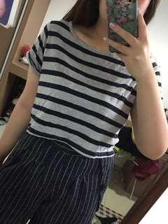 Cotton on semi croptop tshirt