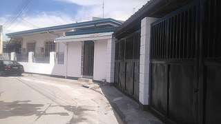 for sale:  house and lot (289sqm lot area) ideal for apartment /warehouse/near cavitex  sm imus