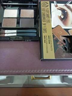 Eye shadow body shop