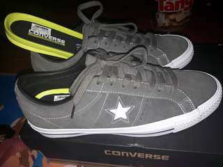 Converse one star skate suede