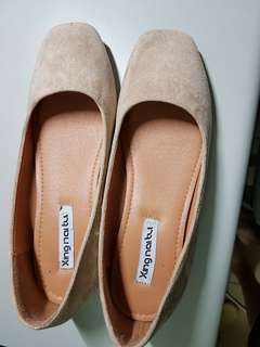 🚚 淺口平底鞋