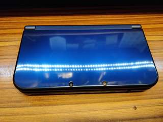 New Nintendo 3DS LL w/ sky3DS