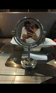 Lighted Vanity Make Up Mirror