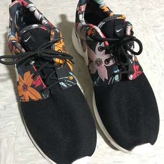 Nikeee 男裝鞋US10