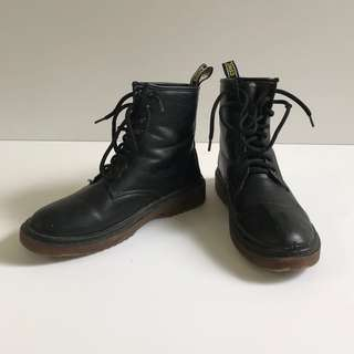 Lace-up PU Leather Boots, Size 8/8.5