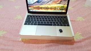 最新2017 New Macbook 12吋 8G/256G 金色 外觀全新 功能正常 盒裝筆電包轉接頭 極度少用
