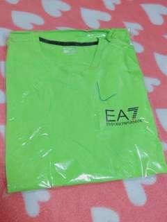 🚚 全新 EMPORIO ARMANI EA7 阿曼尼 短T 綠色 (L號)