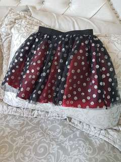Girls skirt size 5/6