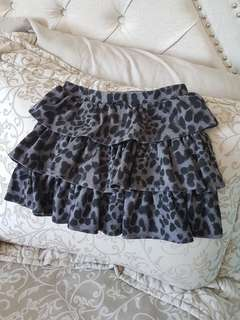 Girls skirt size 6